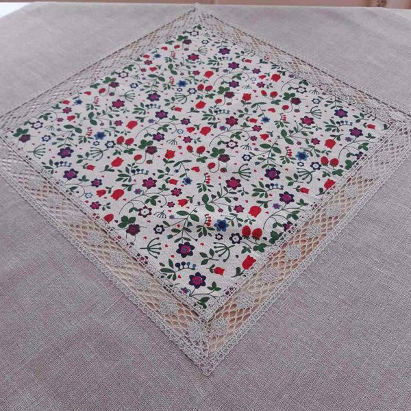 Picture of Tablecloth Meadow NM4 100 x 100 cm