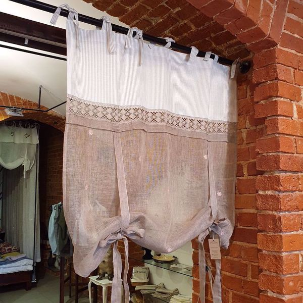 Picture of Linen liftcurtains natural linen with roses 120 x 120 cm