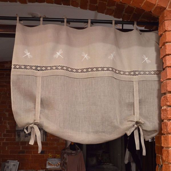 Picture of Liftcurtains from natural linen with dragonflies 120X120